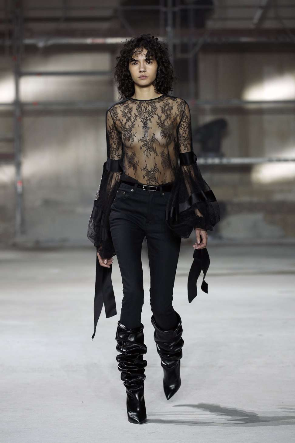 Anthony Vaccarello S Dark Romantic Collection Lauds Saint Laurent Founder At Paris Fashion Week