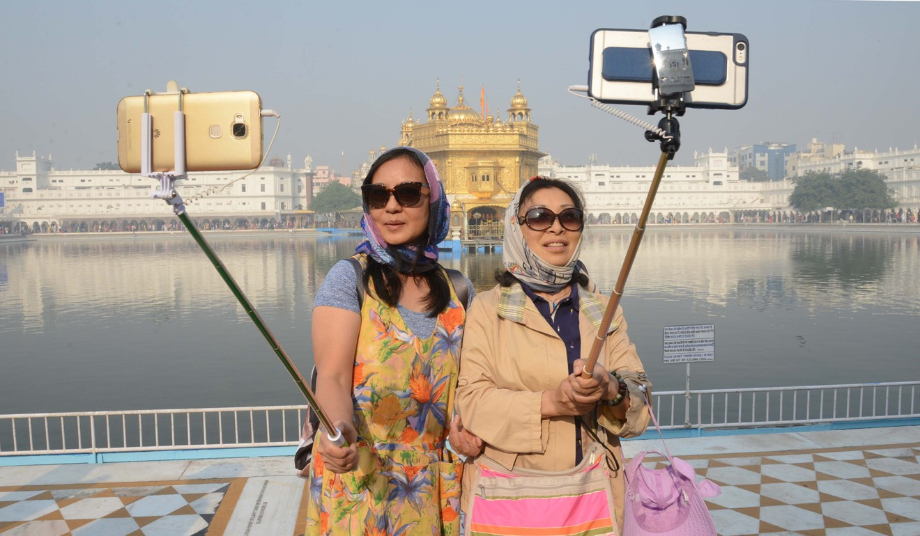 Study Reveals How Chinese Travelers Use Technology Abroad