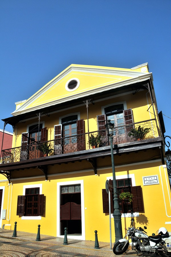 architecture yellow. the distinctive yellow seen on many macau houses was due to sulphur being added whitewash repel insects and inhibit mould growth picture alamy architecture