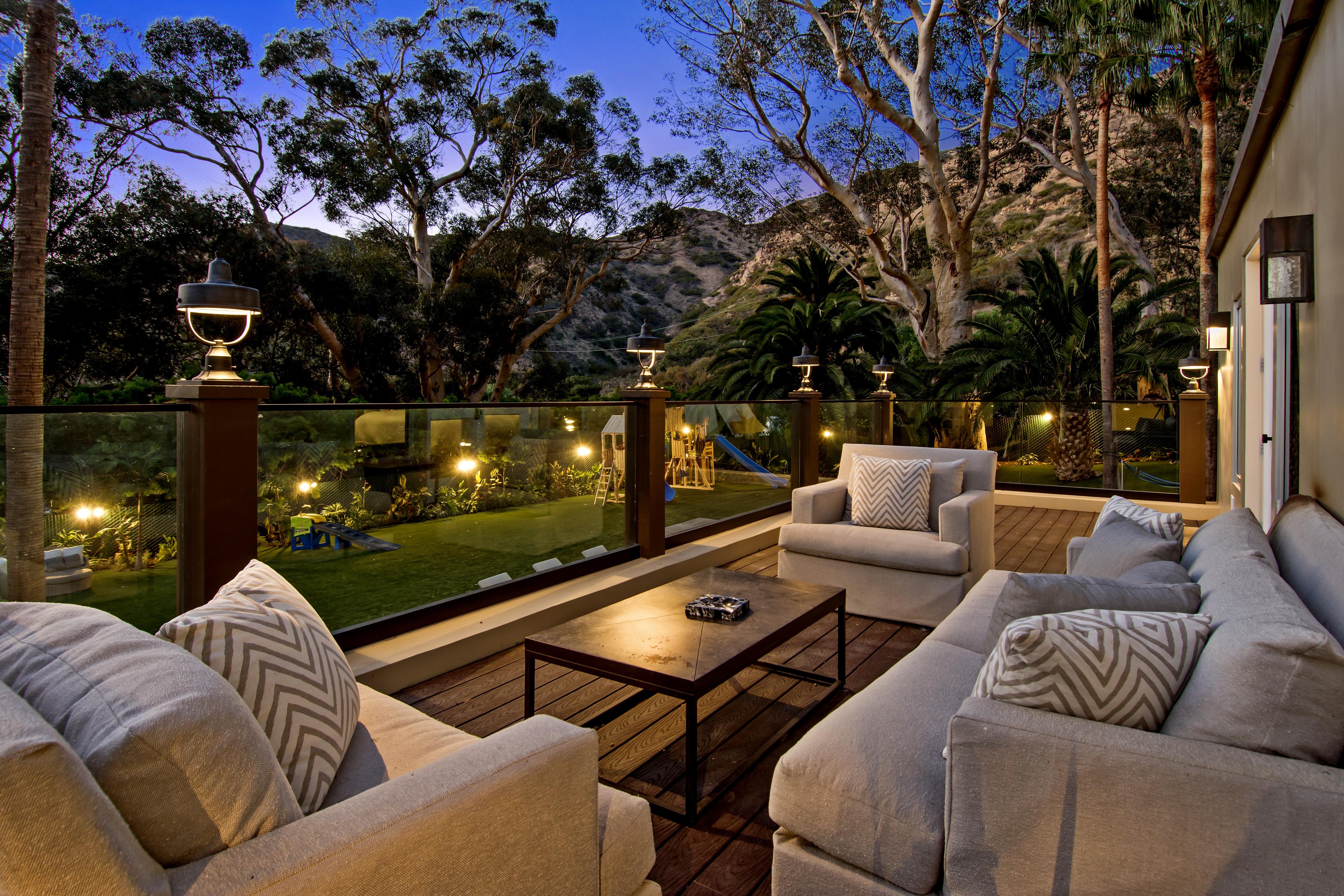 Hot property: billionaire pays US$85 million for Malibu estate ...