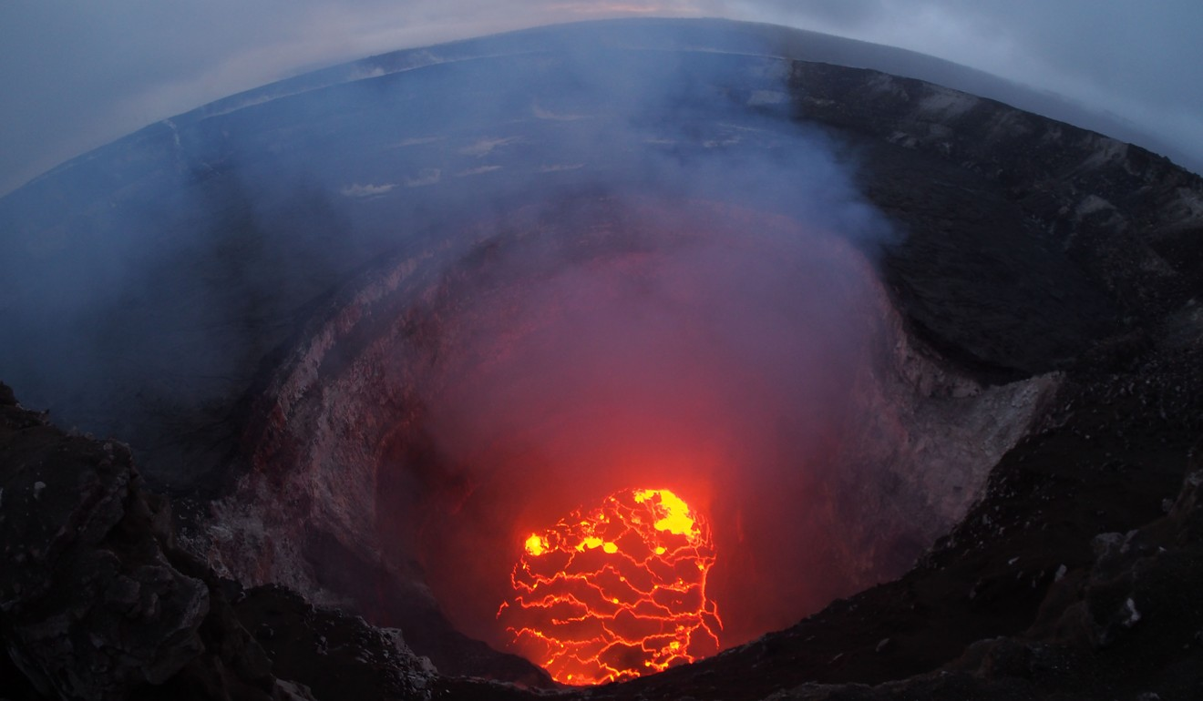 more hawaii residents forced to evacuate as new volcano fissures