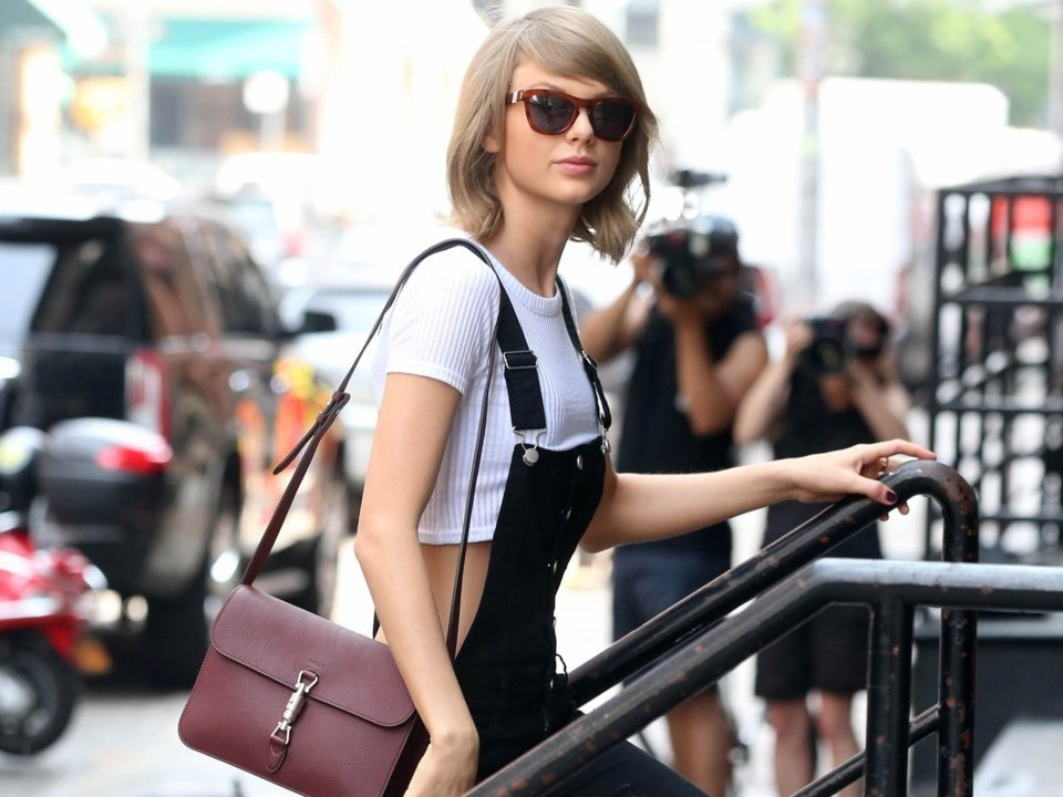 Taylor Swift is worth over US$300 million – so how does she