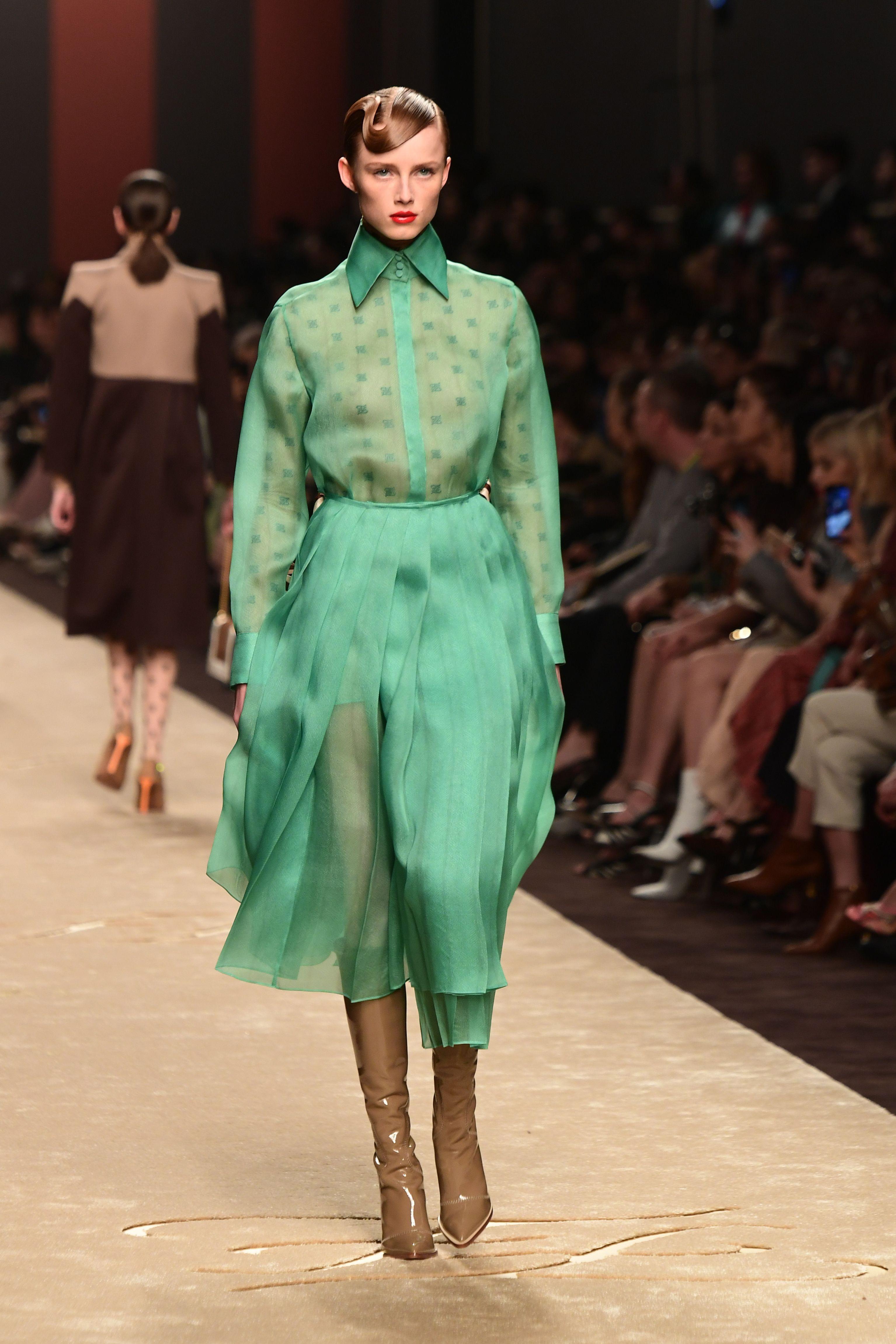 94a1725587ae Milan Fashion Week  Gigi Hadid closes Fendi