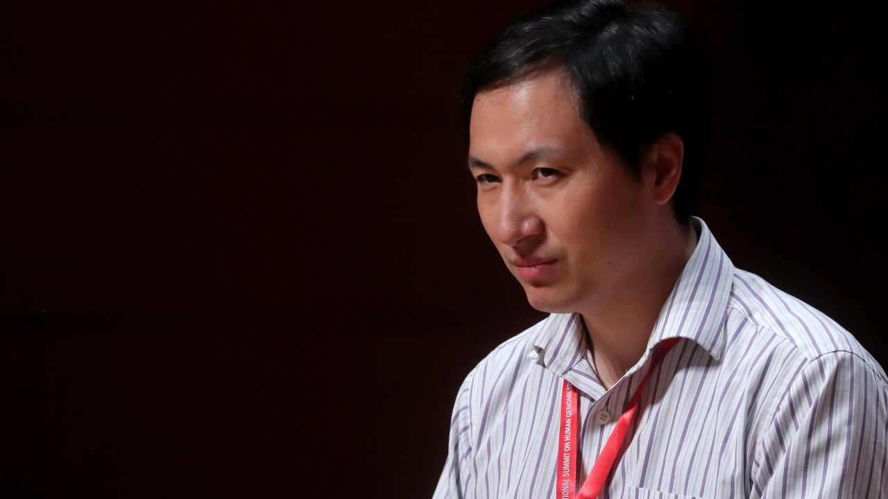 Chinese geneticist chosen as a scientist of the year (It's not an honor)