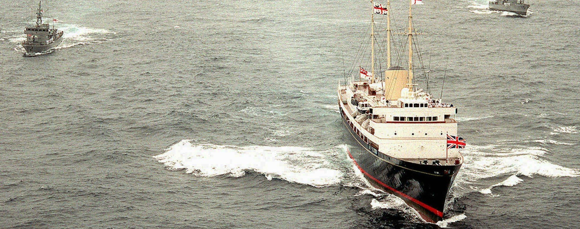 The Royal Yacht Britannia leaves Hong Kong. Photo: Reuters