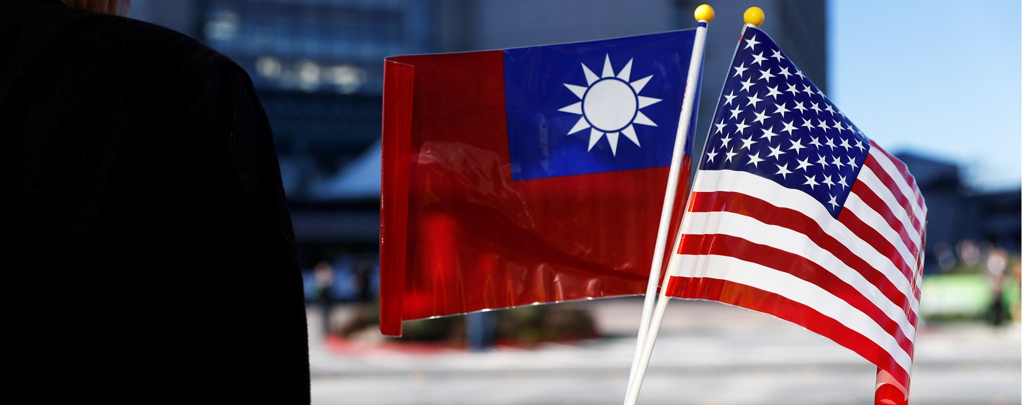 The Taiwanese and American flags. Photo: Reuters