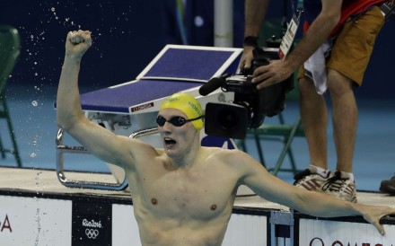 Australia's Mack Horton celebrates winning the gold in the final of the men's 400 metre freestyle. Photo: AP