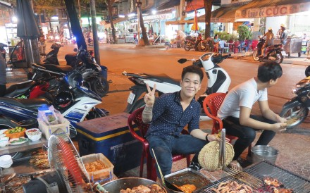 Seafood barbecue at Oc Oanh. Photos: Janice Leung Hayes