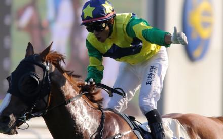 Grant van Niekerk rides Triumphant Jewel to victory at Sha Tin. Photos: Kenneth Chan