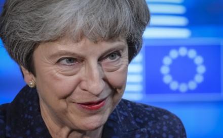 British Prime Minister Theresa May makes a statement after arriving at the European Council to meet European Union Council President Donald Tusk in Brussels, Belgium on November 24, 2018. Photo: EPA