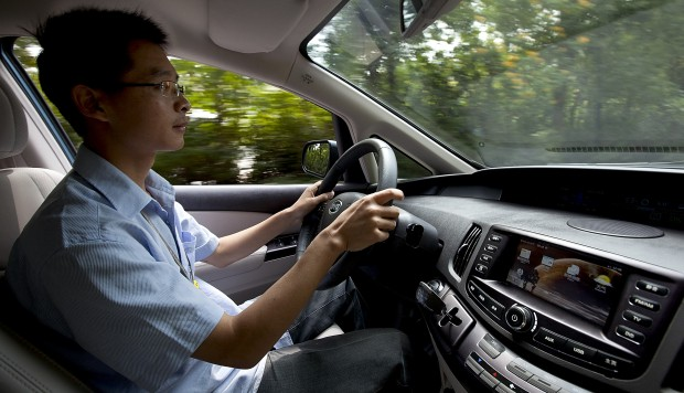 Hong kong car sharing start up goes from strength to for Motoring technical training institute