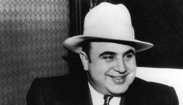 a biography of al capone a historical crime figure