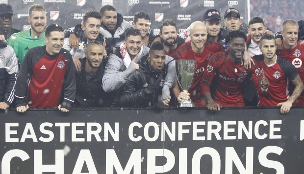 Toronto FC win clash of Canadians to down Montreal Impact and reach MLS Cup final