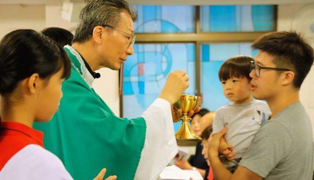 Hong Kong, Taiwan Catholics upbeat over Vatican deal