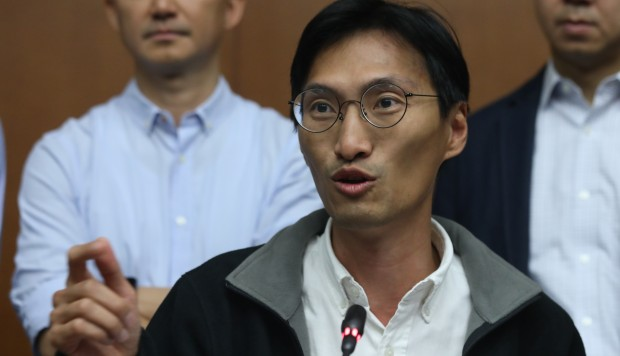 Hong Kong's pan-democrats ready to defend Eddie Chu from ...