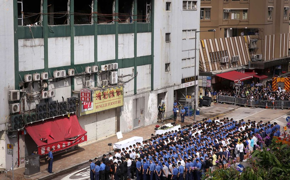 Kok Industrikansla : gather at the Ngau Tau Kok industrial building, Amoycan Industrial