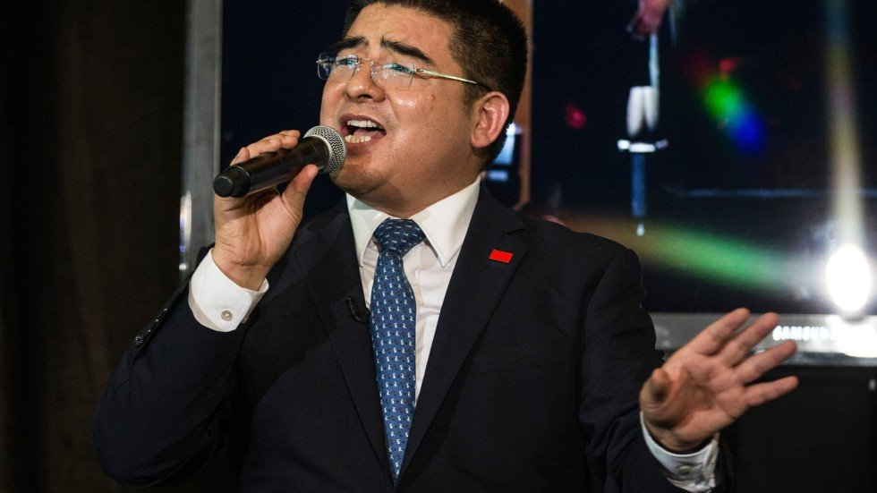 Chinese tycoon Chen Guangbiao sparks fury among New York\'s homeless ...