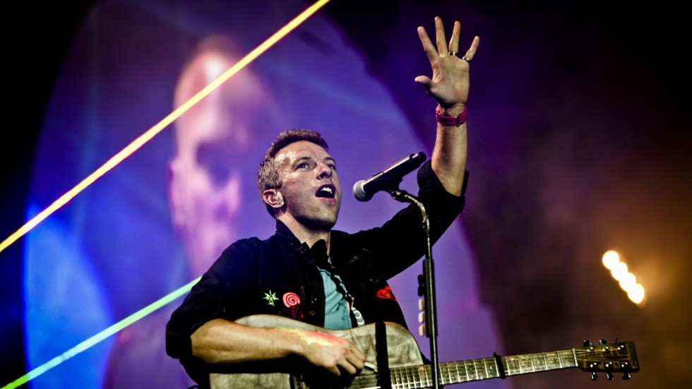 Coldplays Chris Martin Finds Renewal In The City Of Angels South