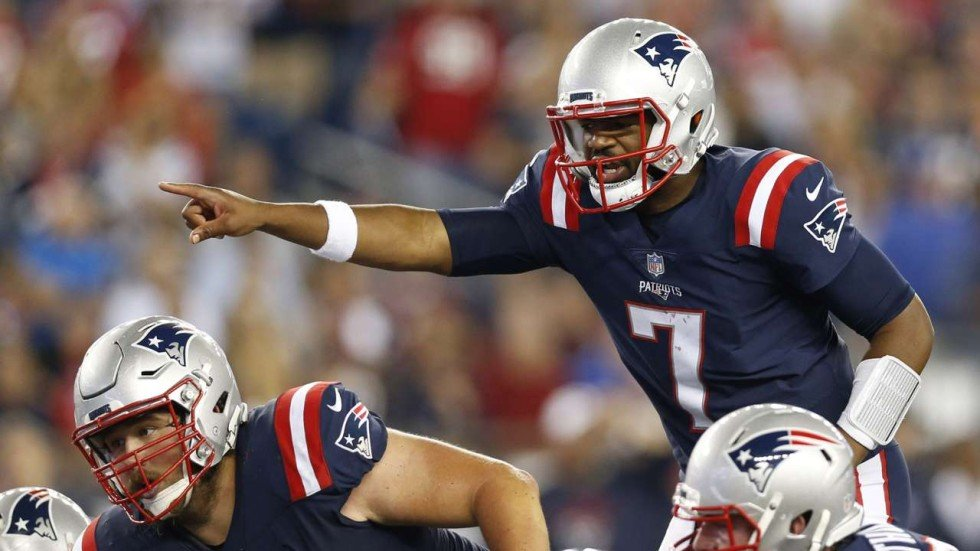 Rookie quarterback Jacoby Brisset leads New England Patriots to dominant  win over hapless Houston Texans 43cdeb46d