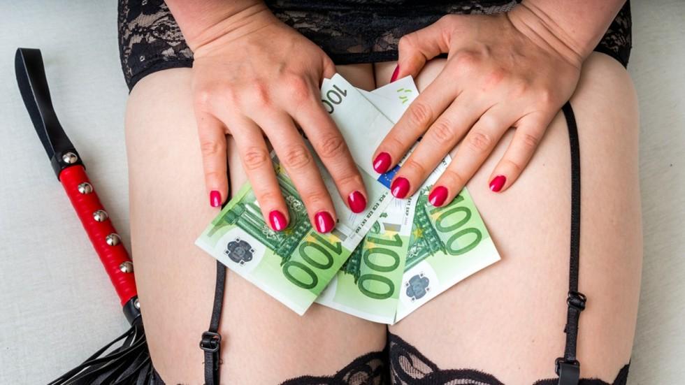 asian-woman-financial-domination-lil-waynes-cock-nude
