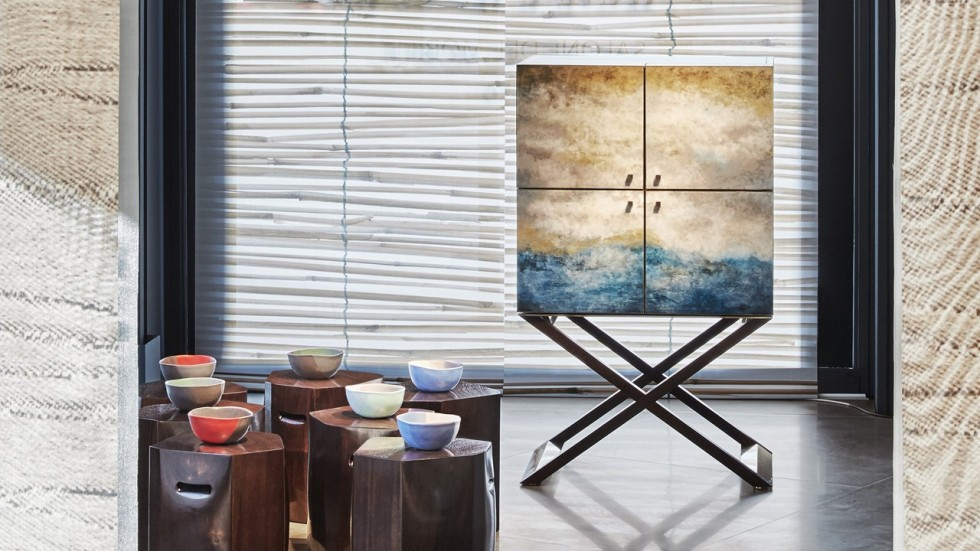 How to make the CLUB Bar Cabinet in Ocean Lacquer | South China ...