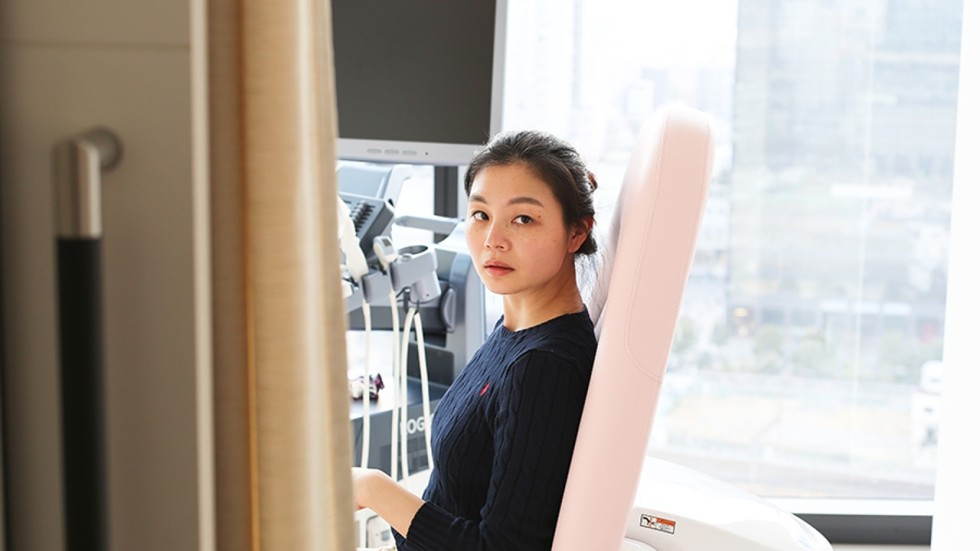 Asiática adolescente da mamada caliente