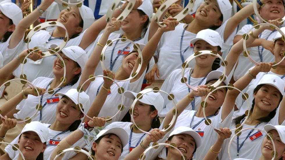North Korean Cheerleaders Army Of Beauties Set To Invade South