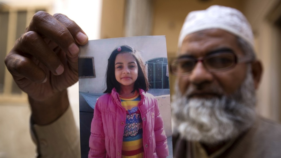 Mother Wants Public Execution For Pakistan Serial Killer -2637