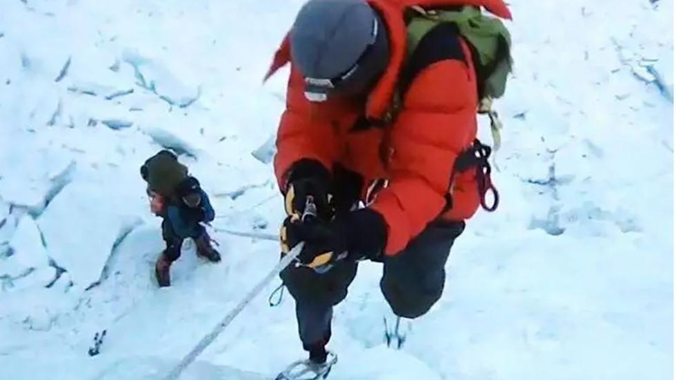 asian mountaineering media
