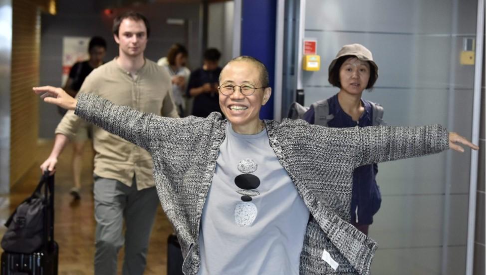 joy for liu xia widow of nobel winner liu xiaobo as she arrives in germany - Susan Link Lebenslauf