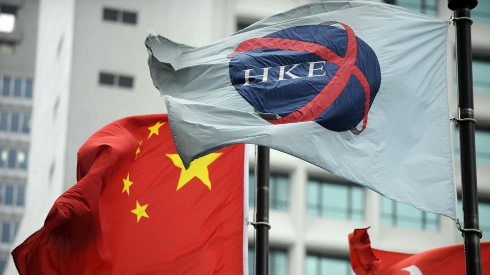 8491013f6 Hong Kong stocks slammed as China calls off planned trade talks with  Washington