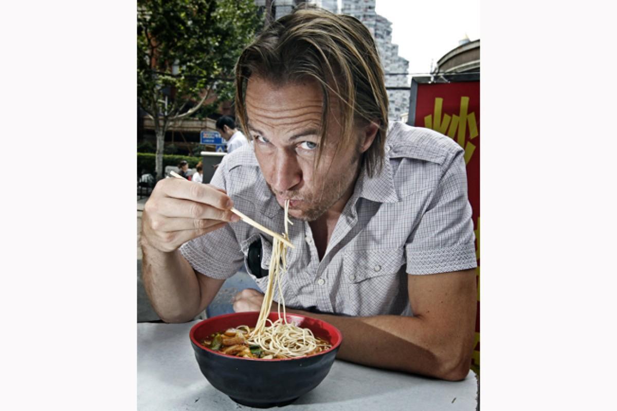 Ian Walker gets a taste of Shanghai. Photo: Alex Hofford