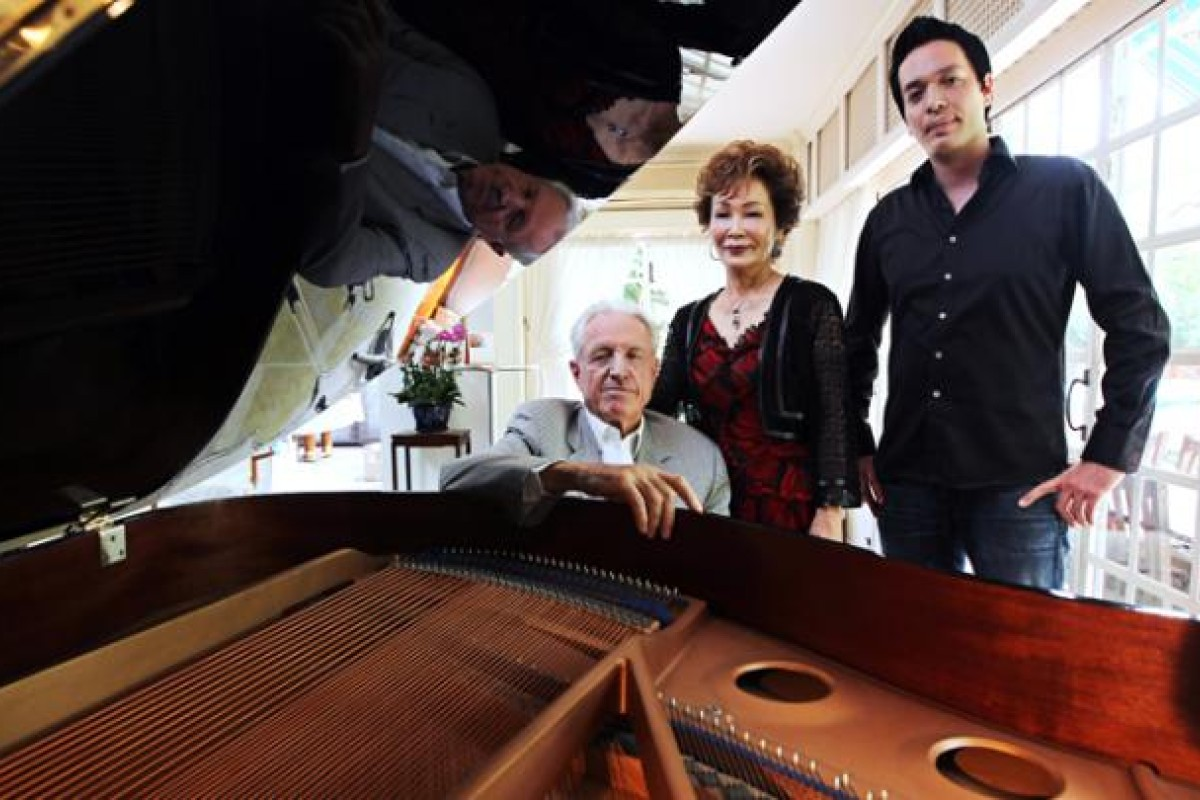 Naxos founder Klaus Heymann, with his wife, renowned violinist Takako Nishizaki, and their son, Rick, at home in Ho Man Tin.