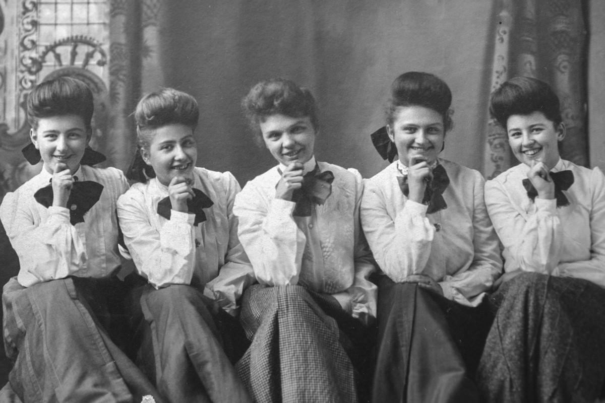 Some Harvey Girls.