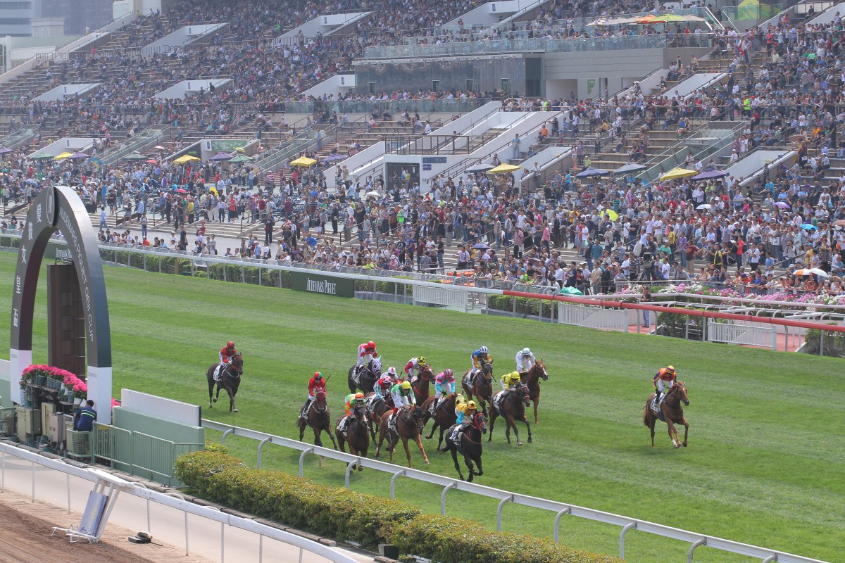 More than 30,000 patrons flocked to Sha Tin for the Audemars Piguet QE II Cup.