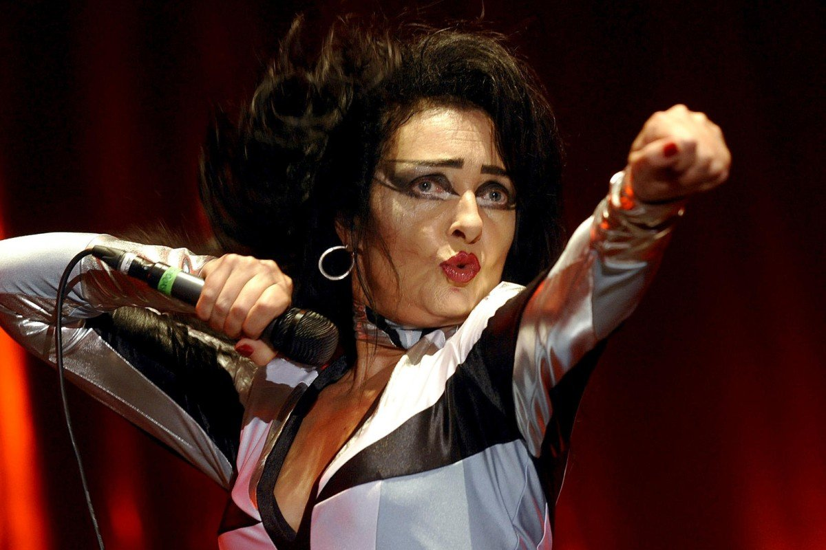 Siouxsie Sioux performing in 2008. Photos: Corbis; AFP
