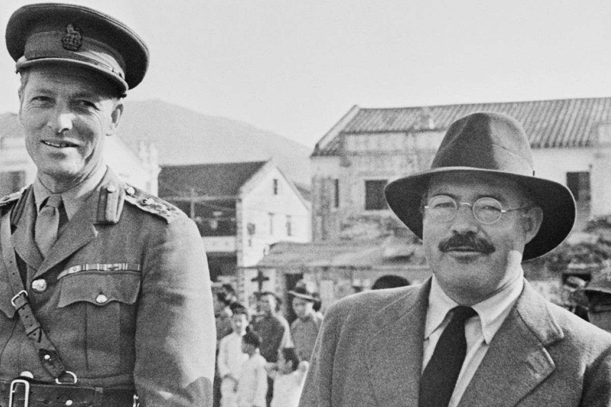Ernest Hemingway with Brigadier J.T.W. Reeve, commanderin- chief of the Hong Kong Infantry. Photos: Corbis; John F. Kennedy Presidential Library and Museum