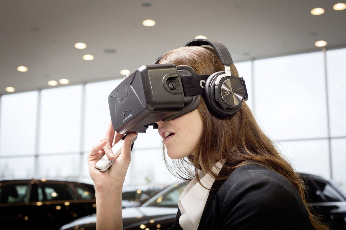 Consumers can explore Audi's new models with the marque's virtual reality system.