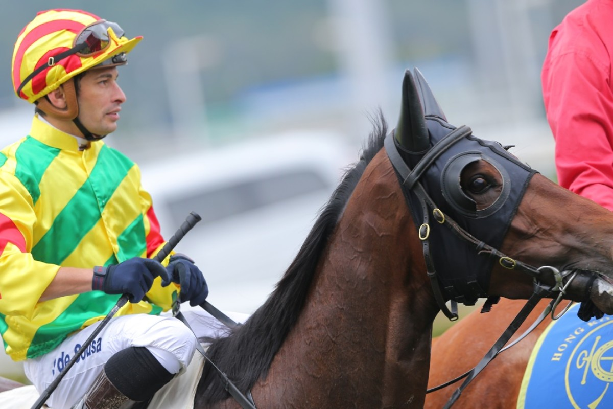 Silvestre de Sousa returns aboard troublesome Imperial Gallantry, the Brazilian's tough style getting the Paul O'Sullivan-trained gelding home. Photo: Kenneth Chan