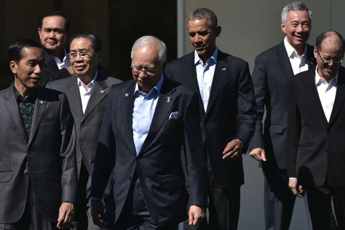 From left: Indonesia's President Joko Widodo, Laos' President Choummaly Sayasone, Malaysia's Prime Minister Najib Razak, US President Barack Obama, Singapore's Prime Minister Lee Hsien Loong and the Philippine's President Benigno Aquino attend an Asean meeting in California this year. Photo: AFP