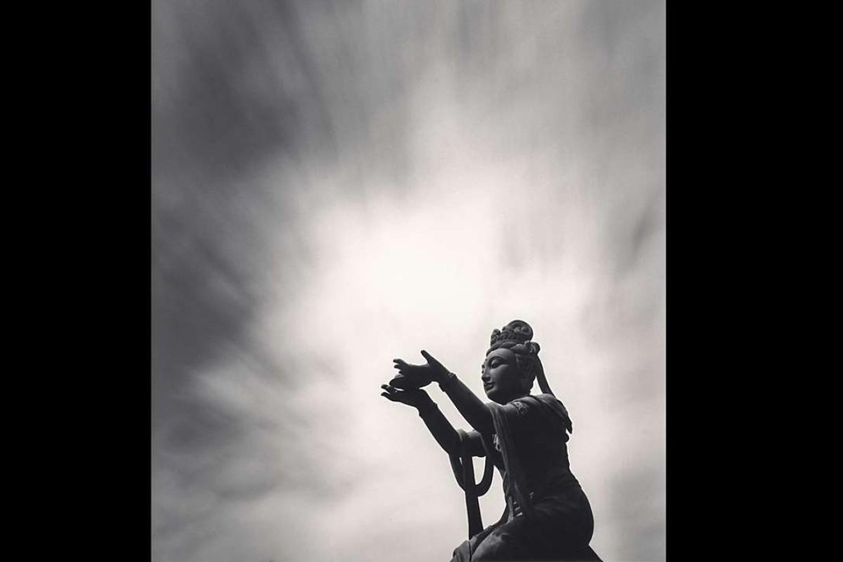 Buddha Offering, Lantau Island, Hong Kong (2006).