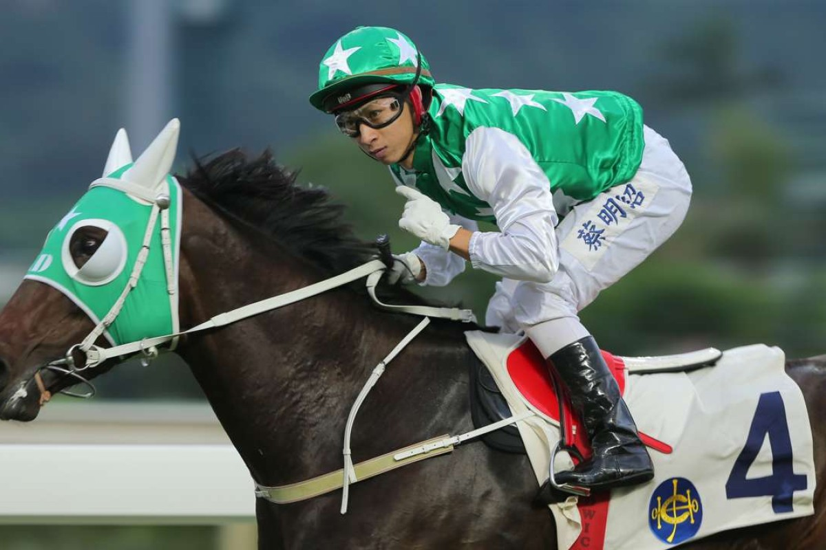 Pakistan Star and jockey Matthew Chadwick sent the Sha Tin crowd into raptures with his second straight last-to-first win. Photos: Kenneth Chan