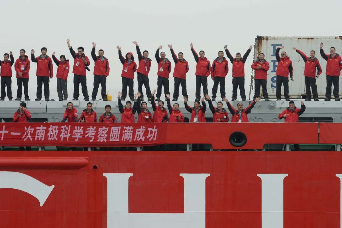 Chinese expendition team members aboard the polar research vessel Xue Long wave goodbye as they set sail from Shanghai. Photo: AFP
