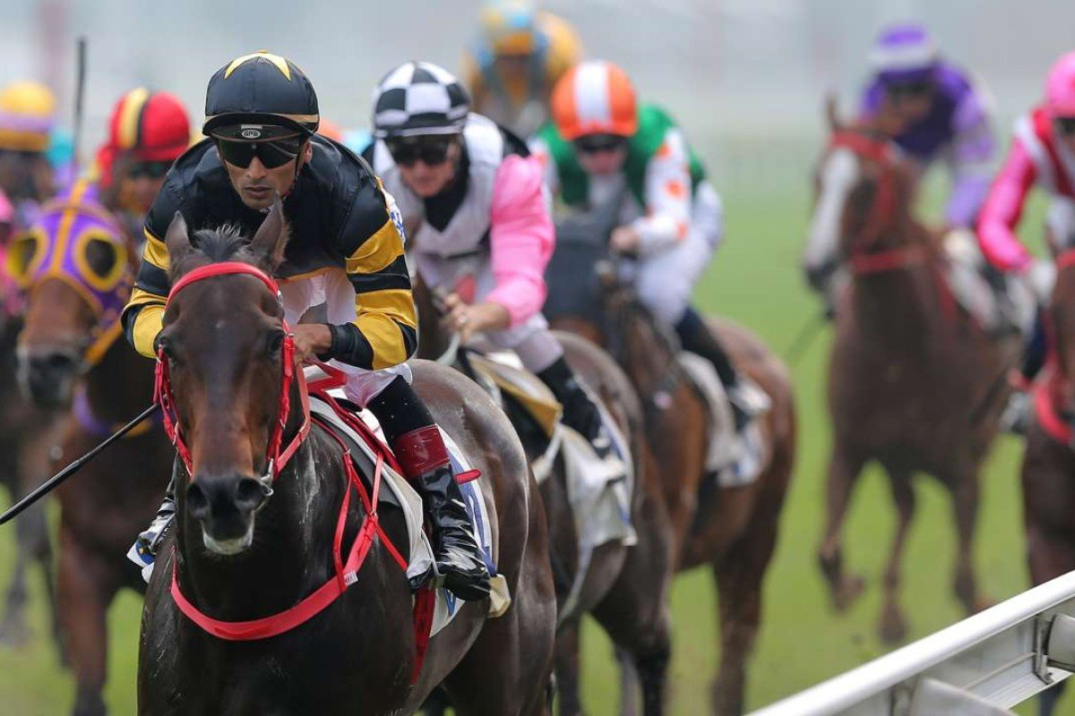 Karis Teeten steers D B Pin to victory at Sha Tin on Sunday. Photos: Kenneth Chan