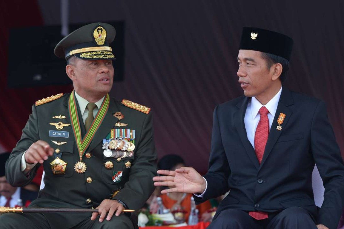 General Gatot Nurmantyo, the commander of Indonesia's armed forces, with President Joko Widodo. Photo: AFP