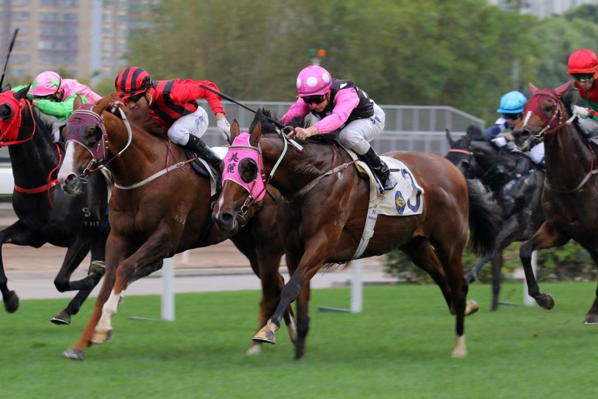 Eagle Way (Joao Moreira) just gets caught on the line by stablemate Beauty Generation (Zac Purton) on April 9. Photos: Kenneth Chan.