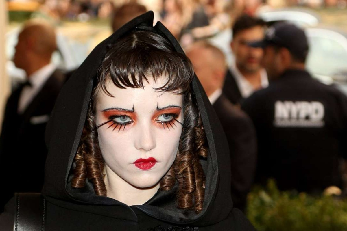 Grace Hartzel arrives on the red carpet for the Metropolitan Museum of Art Costume Institute's benefit celebrating the opening of the exhibit 'Rei Kawakubo/Comme des Garons: Art of the In-Between' in New York, New York, USA, 01 May 2017. The exhibit will be on view at the Metropolitan Museum of ArtÕs Costume Institute from 04 May to 04 September 2017. EPA/JUSTIN LANE