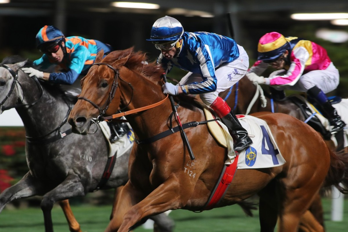 Douglas Whyte and Jetwings storm over the top of their rivals at Happy Valley in March. Photos: Kenneth Chan