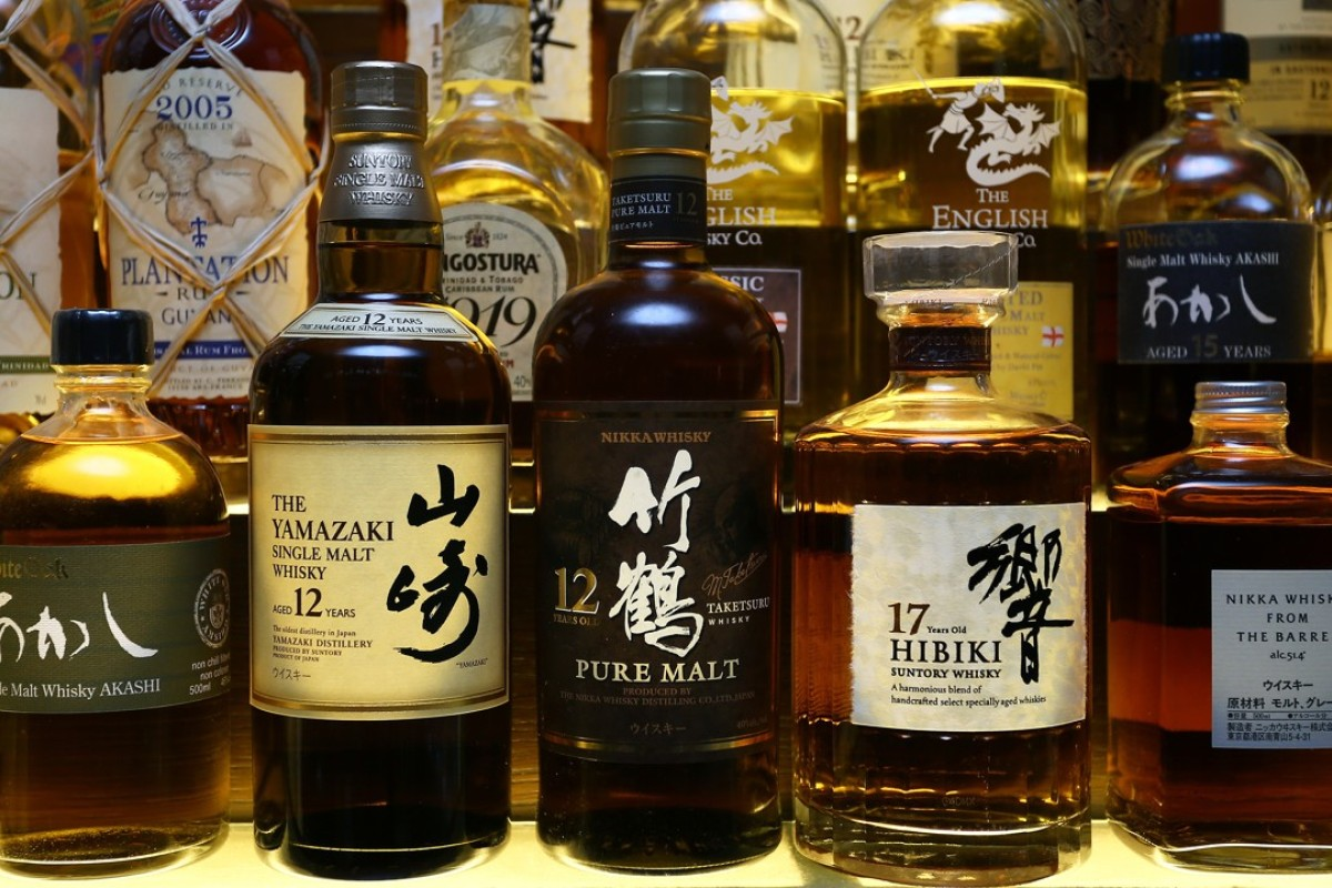 Blended whiskies are defined by the marriage of malts and the harmonious blend of aromas