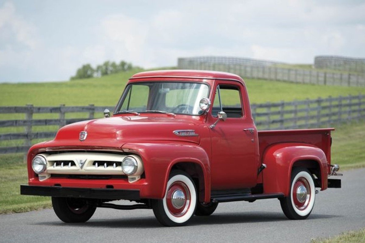 Why Vintage Ford Pickup Trucks Are Hottest New Luxury on old international trucks